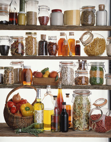 glass-jars-pantry